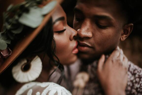 black couples, black love, dating blogs, intimacy, couples